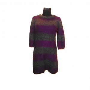 Dryžuotas violetinis megztinis-suknelė, XL dydis