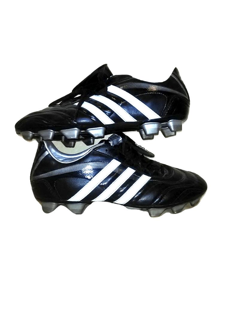 Juodi futbolo bateliai, ADIDAS, 44 dydis