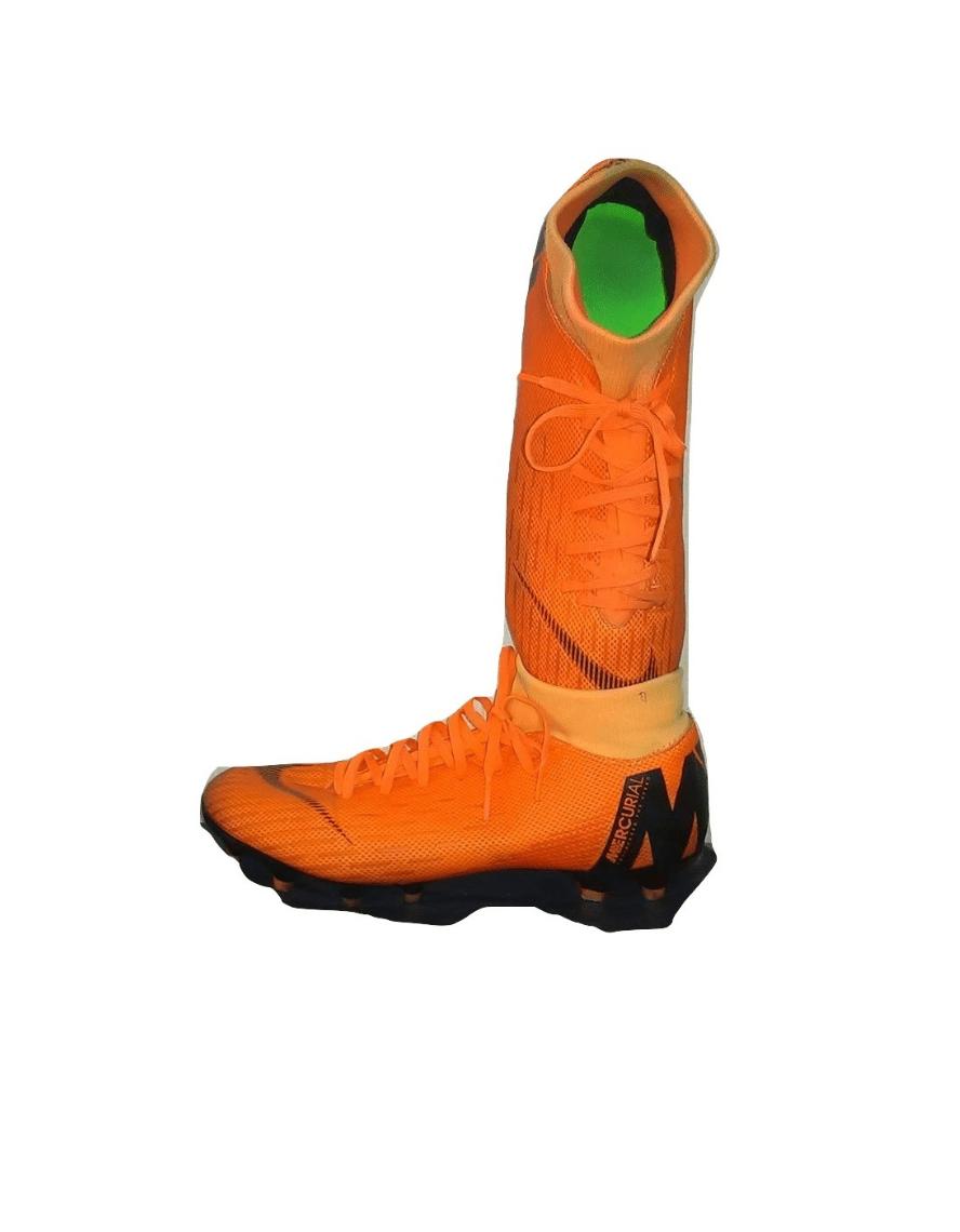 Oranžiniai futbolo bateliai, NIKE, 39 dydis