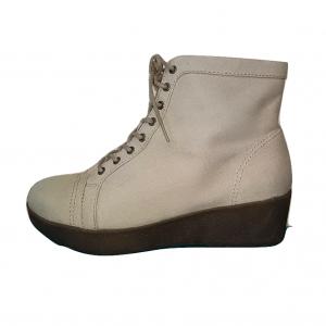 Šviesūs moteriški batai, CHILI, 38 dydis