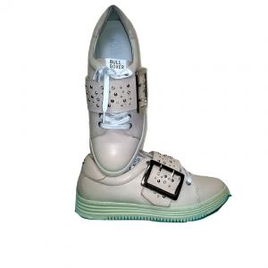 Šviesūs moteriški pavasariniai batai, BULL BOXER, 40 dydis
