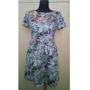 Gėlėta vasarinė trumpomis rankovėmis suknelė, OASIS, 38 dydis